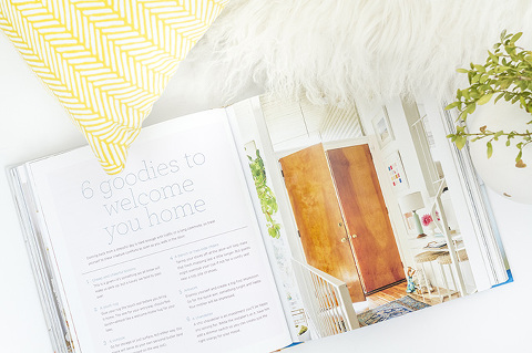 A Review Of Styled by @em_henderson | Dream Green DIY