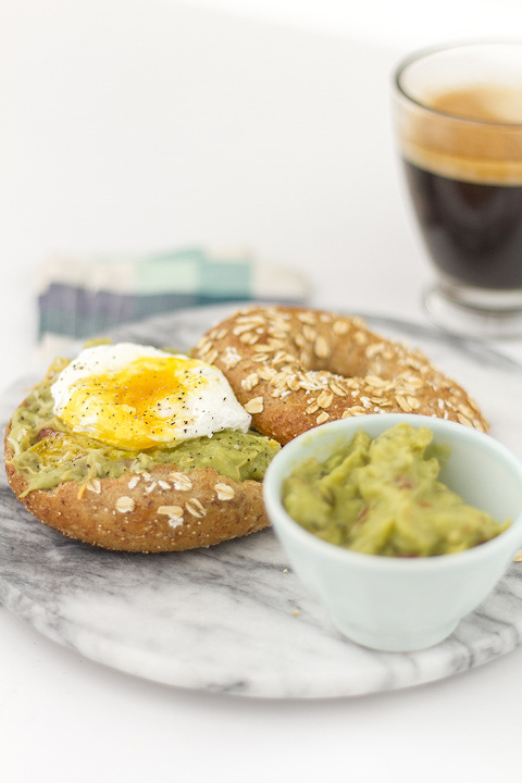 Southwestern Poached Egg Bagel Recipe | Dream Green DIY