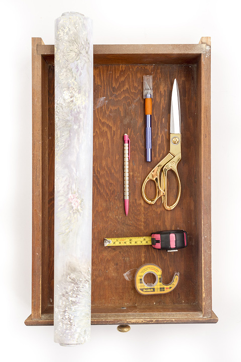 How To Turn Wallpaper Scraps Into Drawer Liners | Dream Green DIY