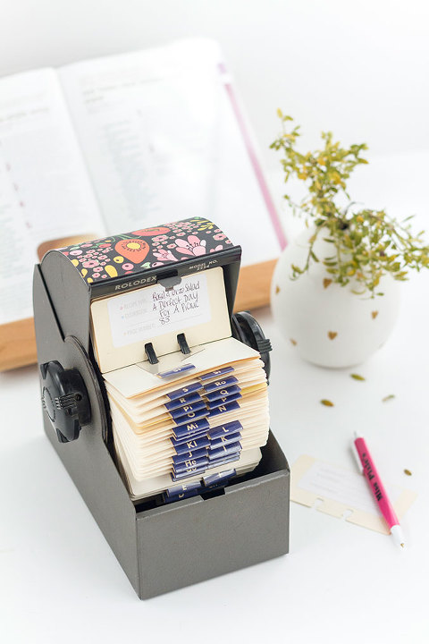DIY Upcycled Rolodex Recipe Card Organization System | dreamgreendiy.com @ehow