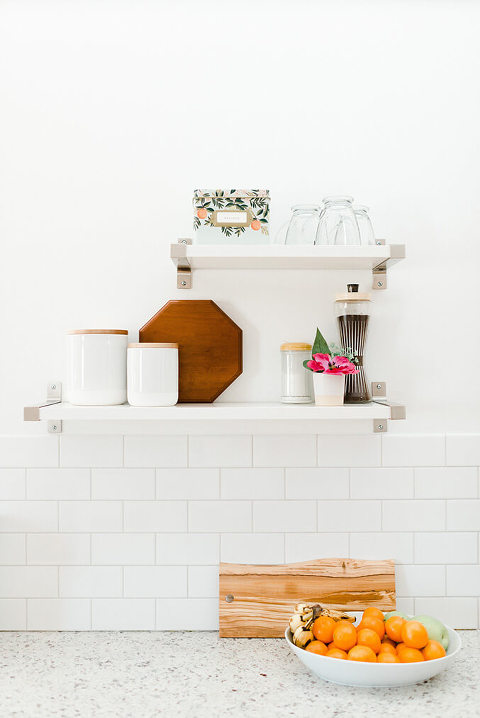 White Subway Tile Backsplash | dreamgreendiy.com