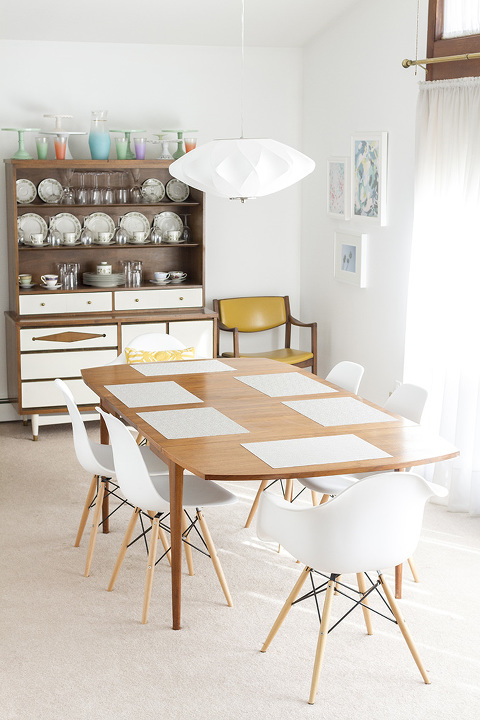Retro Revival: Mid-Century Inspired @lampsplus Dining Room Chandelier | dreamgreendiy.com