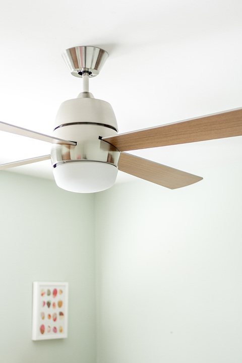 Retro Revival: Mid-Century Inspired @lampsplus Ceiling Fan | dreamgreendiy.com