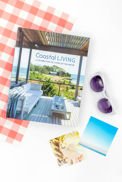 A Review Of The Book Coastal Living By Henrietta Heald |dreamgreendiy.com