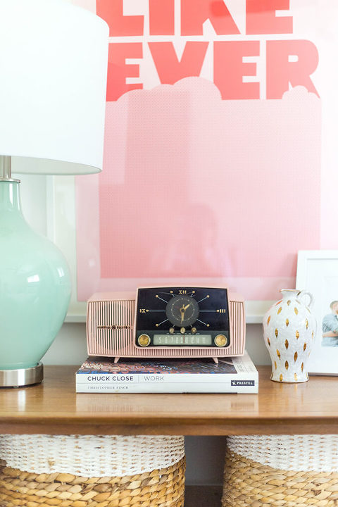 Vintage Pink Clock Radio | dreamgreendiy