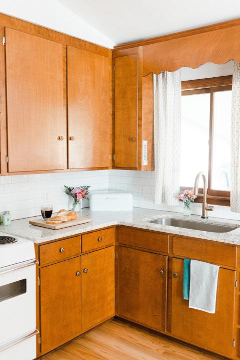 Mid-century Kitchen | dreamgreendiy.com