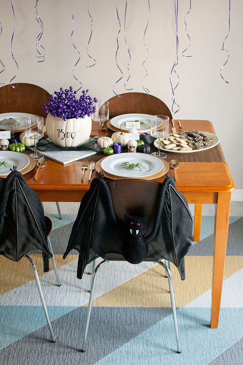 A Jewel-Toned At-Home Halloween Bash | dreamgreendiy.com