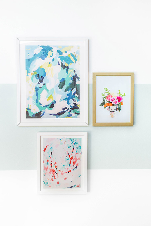 Make Your Gallery Wall Pop With A DIY Painted Wall Block | dreamgreendiy.com + @scotchblue #ad #PrepPaintPull