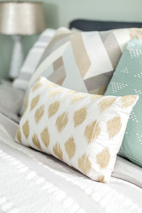 How To Design Your Grown Up Bedroom | dreamgreendiy.com + @wayfair