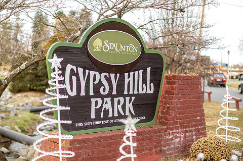 Spending A Day With The Ducks At Gypsy Hill Park | dreamgreendiy.com