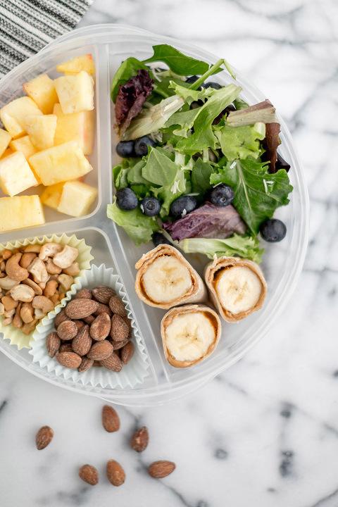 Peanut Butter Banana Roll-Ups Bento Box Lunch Recipe | dreamgreendiy.com