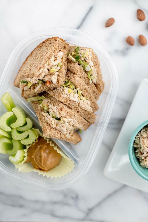 Spicy Tuna Salad Sandwich Bento Box Lunch Recipe | dreamgreendiy.com