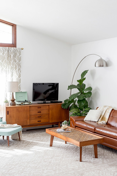 Before & After: Mid-Century Tufted Leather Couch - Dream ...