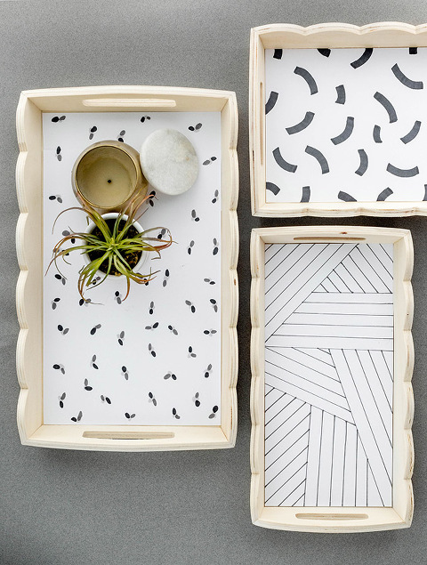 Scalloped Edge Tray With DIY Paper Liner   dreamgreendiy.com + @orientaltrading