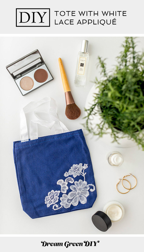 DIY Tote Bag With White Lace Appliqué | dreamgreendiy.com + @orientaltrading