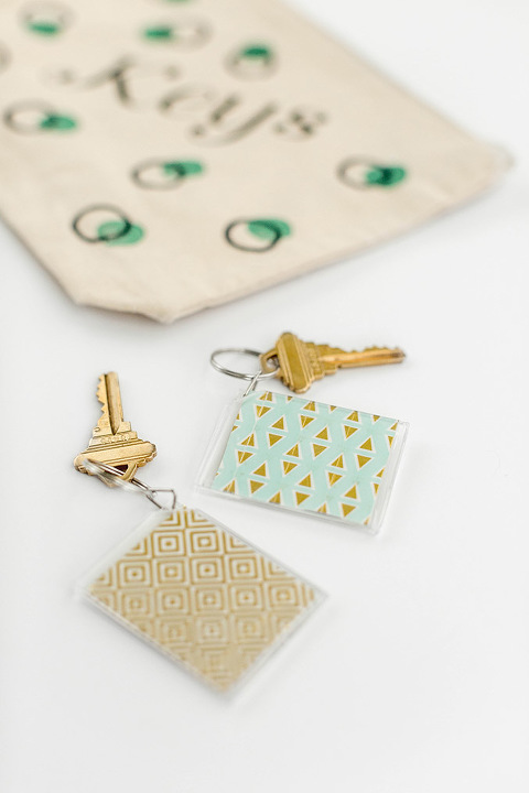 DIY Polka Dot Painted Junk Drawer Bags | dreamgreendiy.com + @orientaltrading