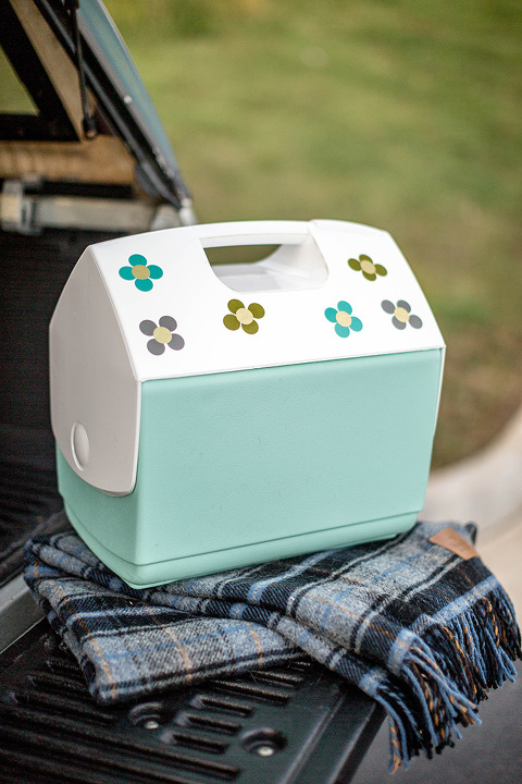 Car Cooler With DIY Retro Flower Stickers