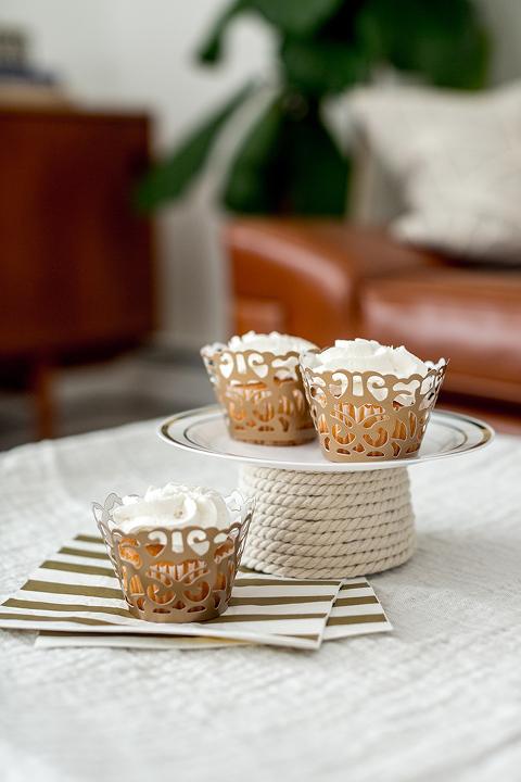 DIY Foam Cone Base Cupcake Plate | dreamgreendiy.com + @orientaltrading