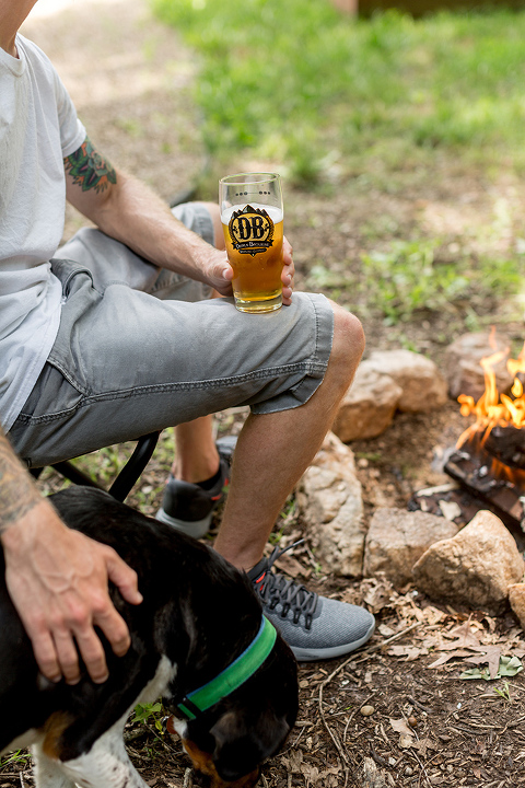 How To Host A Summertime Logs & Lager Soirée | dreamgreendiy.com + @devilsbackbone #ad