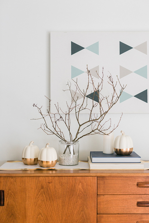 5-Minute DIY Branch Décor For Fall & Winter