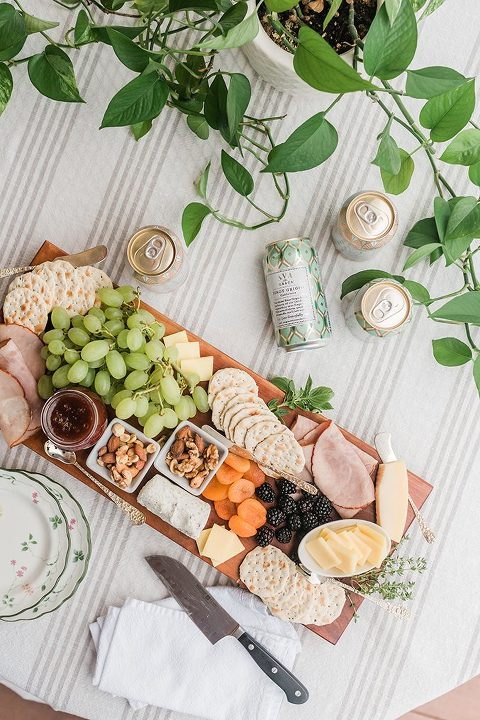 An Easy Summer Lunch Wine & Cheese Spread | dreamgreendiy.com + @avagracevineyards #ad #AVAAnywhere