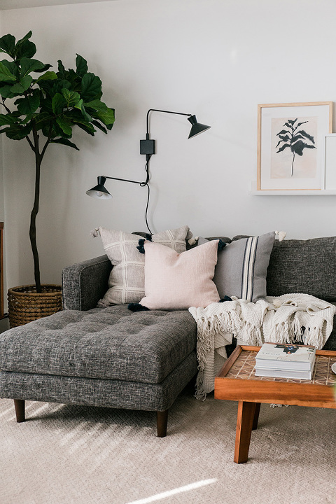 A Living Room Pillow Refresh For Fall