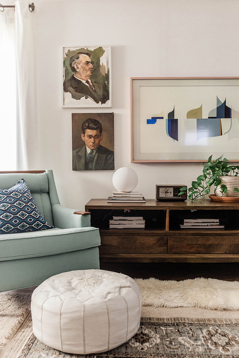 Family Room Winter Décor Updates   dreamgreendiy.com + @homedepot #ad
