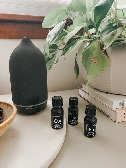 Vitruvi diffuser and essential oils
