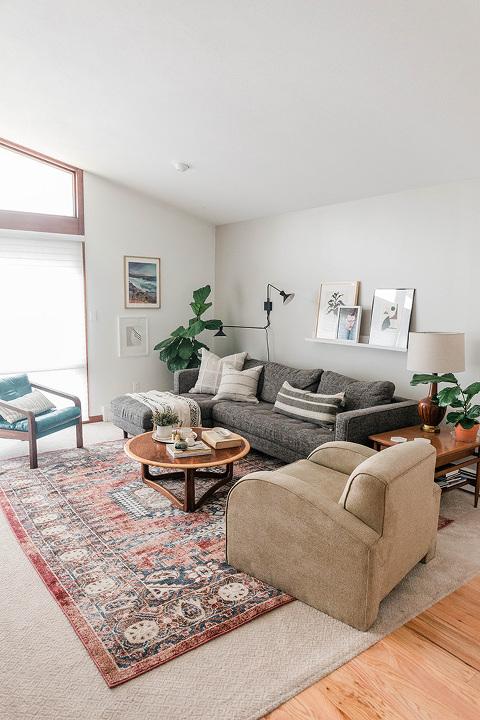Our Unique Loom Living Room Rug | dreamgreendiy.com + @unique_loom #ad