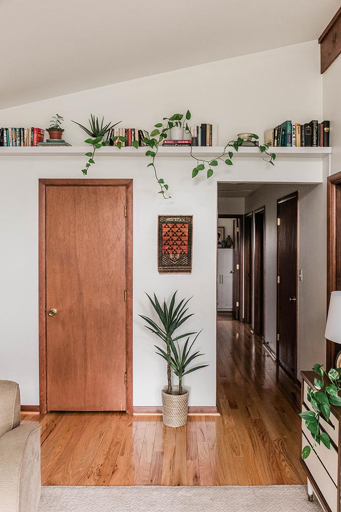 High floating book shelf