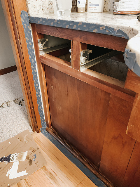 How to make over a wood vanity with chalk paint