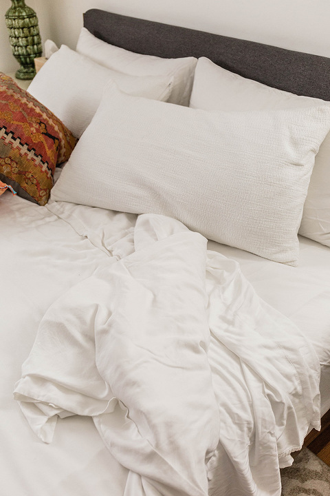 The Softest Bedding I've Ever Tried | dreamgreendiy.com + @cozyearth #ad #sleepcozyearth